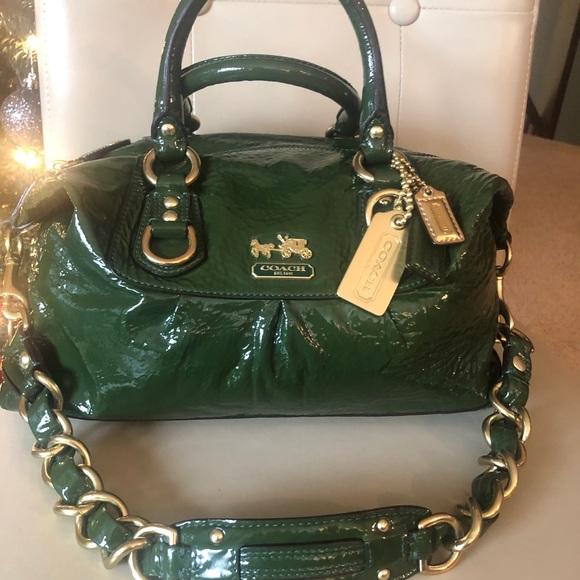 ❤️ COACH Patent Leather Madison Sabrina purse